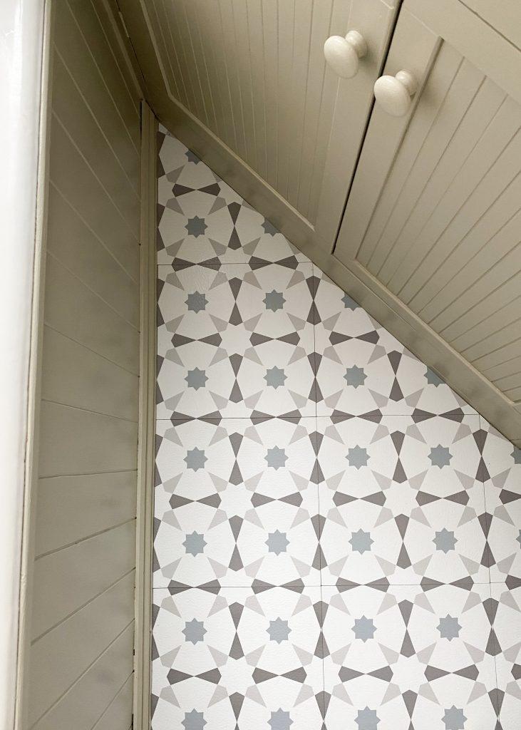 Bathroom floor - after vinyl tiles